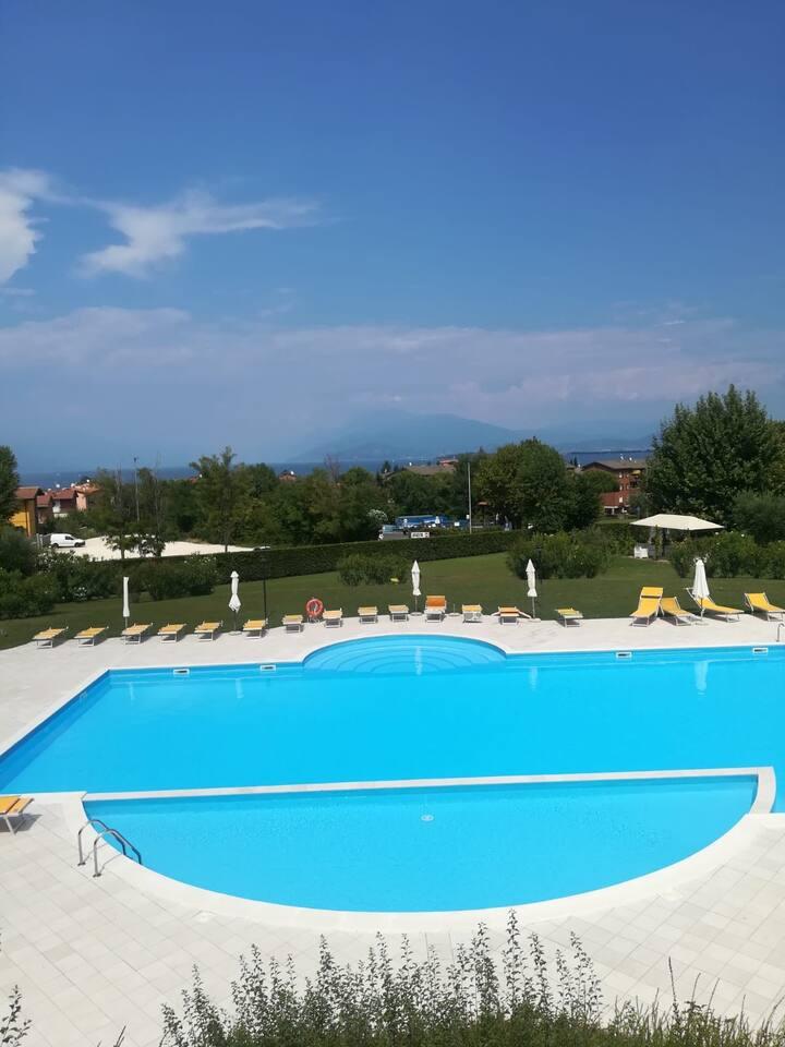 Appartamento in residence esclusivo con piscina