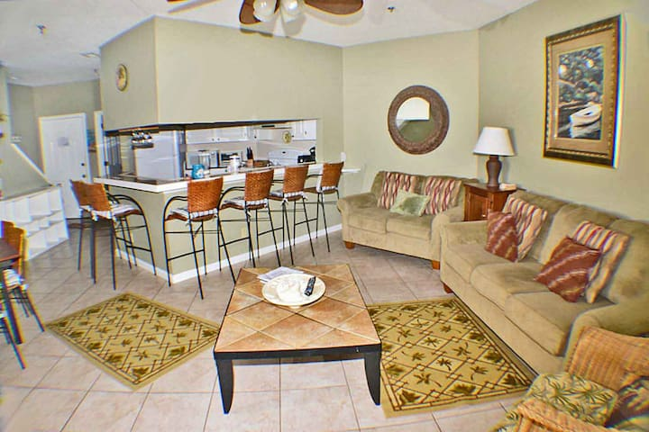 Forest Beach Area - 3 Bedroom Condo - Pet Friendly
