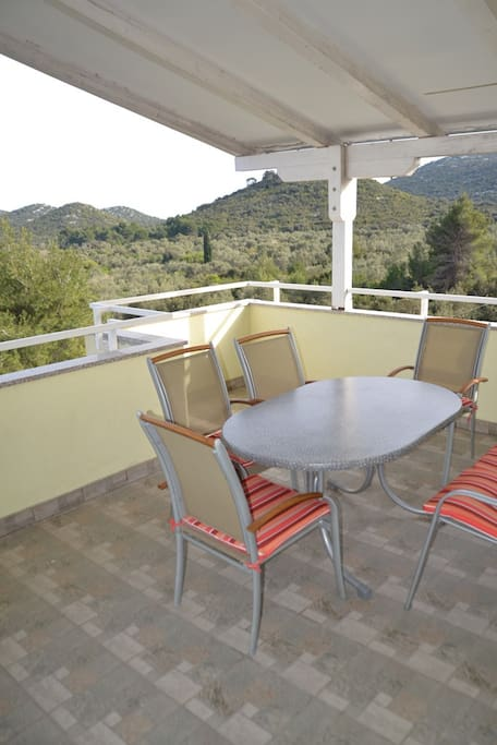 Big, shaded terrace with great sea view