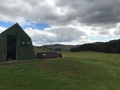 Luxury Glamping in the Cairngorms - The Red Kite