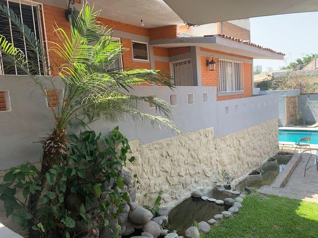 Casa con alberca Burgos