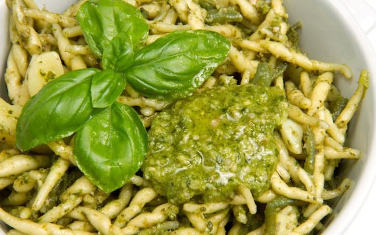 TROFIE  AL PESTO LIGURE