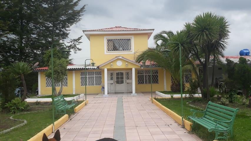 Casa campestre con hermosa vista al cotopaxi