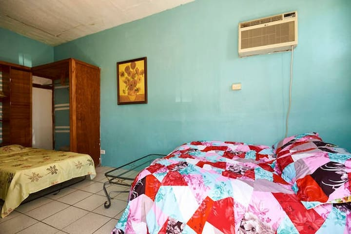 Cozy Island Studio Apartments For Rent In Nassau New Providence Bahamas