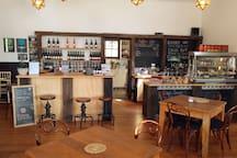 Dunbar Estates Cellar Door & Cafe