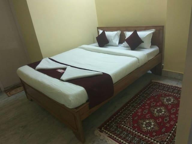 Pixy Homestay Semi Deluxe Bedroom