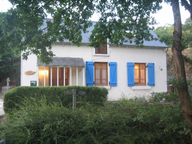 Le petite maison de Kersaudy - Merléac - Haus