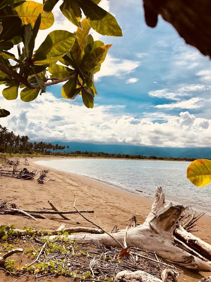 """""""All In"""" Beach Escape in Maconacon - Sierra haven"""