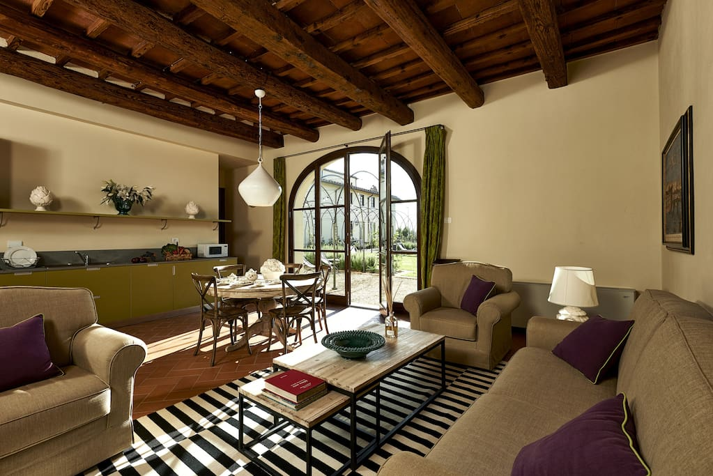 Villa Diletta's living room area from another angle