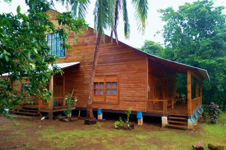 The Wooden House - Little Corn Island - Maison