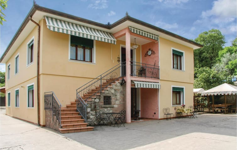 Holiday apartment with 1 bedroom on 60m² in Arqua´Petrarca -PD-