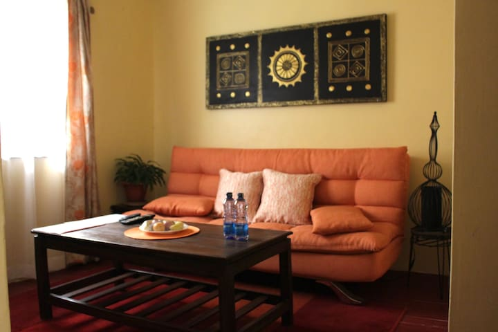 Cozy and amply equipped 1 bedroom guesthouse