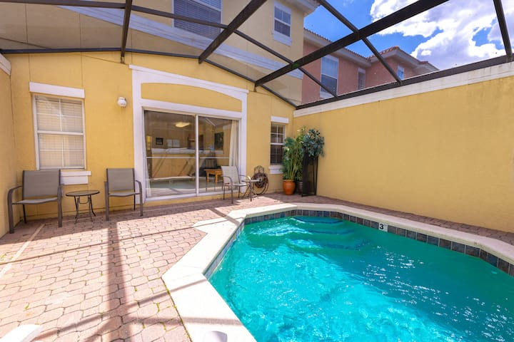 Magical 3Bdr 2bth for 6ppl with Pvt Pool With Huge Clubhouse and amenities near
