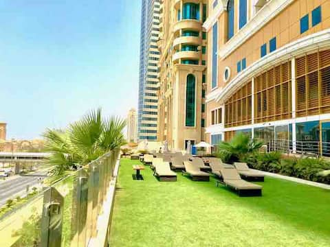 FEMALE HOSTEL DUBAI MARINA NEXT TO BEACH,TRAM #13