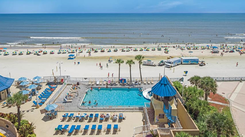 One Bedroom Ocean Front Luxury Condo, Daytona Beach (A344)