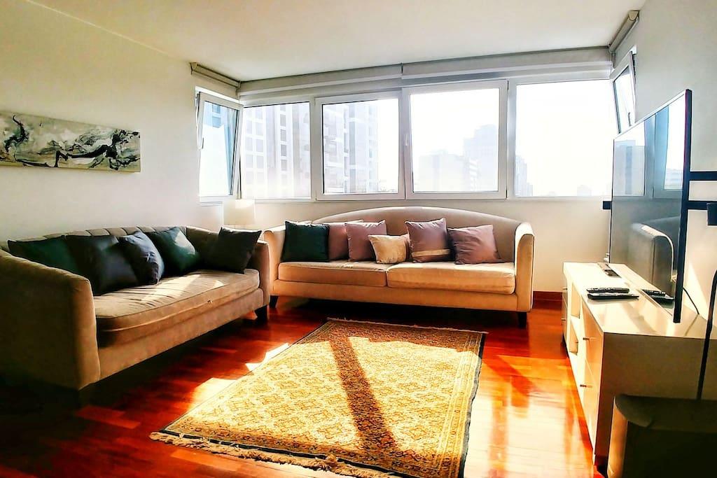 Living room - Sala y centro de entretenimiento