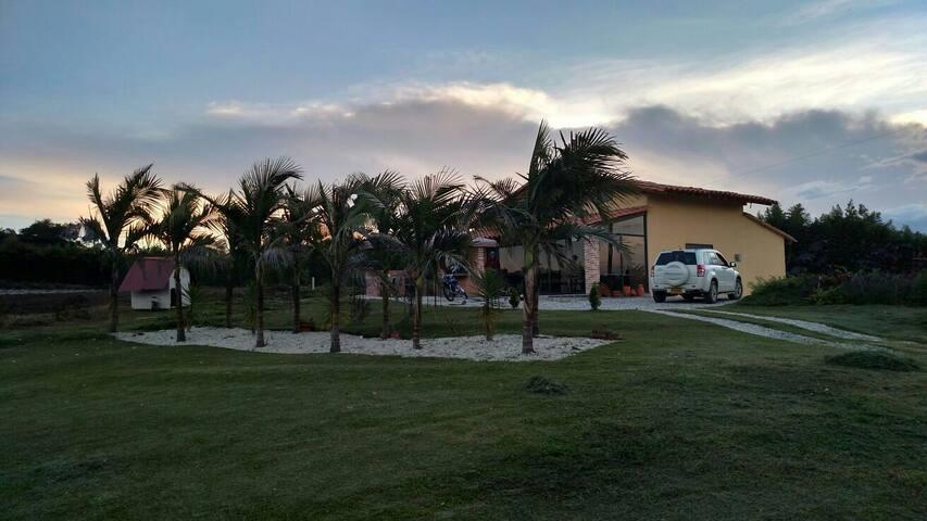 Finca Oriente- 25 min. aeropuerto - El Carmen de Viboral - Villa
