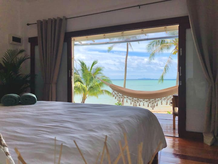 Mangata~New~Elegant BeachFront Boutique Bungalow1