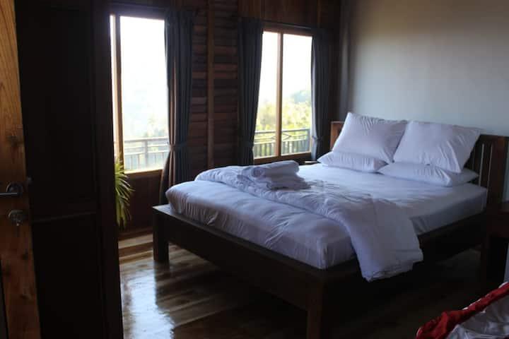 Panorama Munduk Guest House Superior Room
