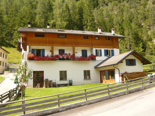 Mabile e Melito -Chalet in the Dolomites