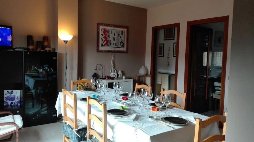 Camera doppia nella campagna di Siena - Taverne D'arbia
