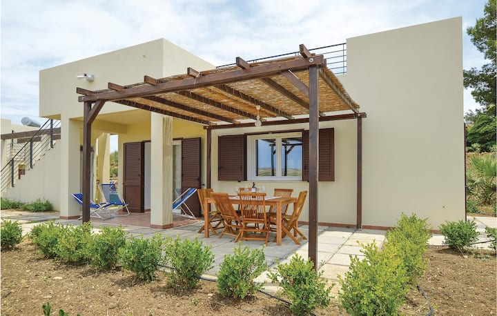 Holiday cottage with 3 bedrooms on 70m² in Menfi