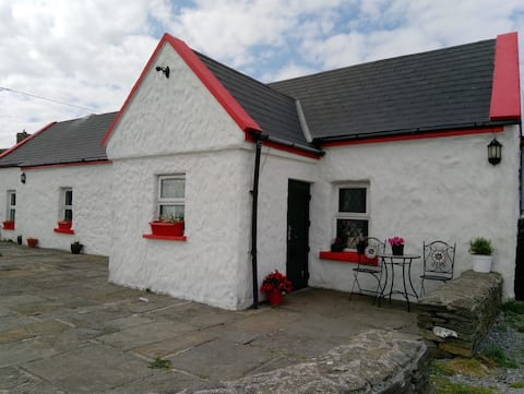 Clairs Cottage, Cliffs of Moher