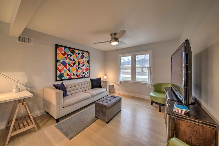 Lakefront Renovated Apt on Hermann Wine Trail!