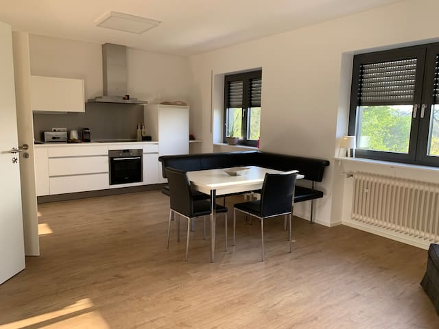 3 room apartment, close to everything