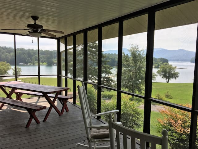 Spacious Chatuge Lakefront Vacation Home