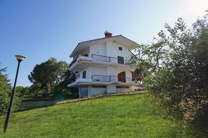Avdira Luxury Villa