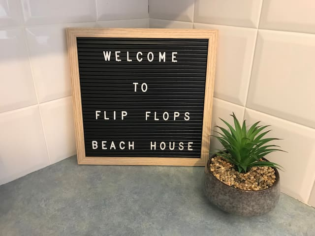 Flip Flops Beach House - Free Wifi