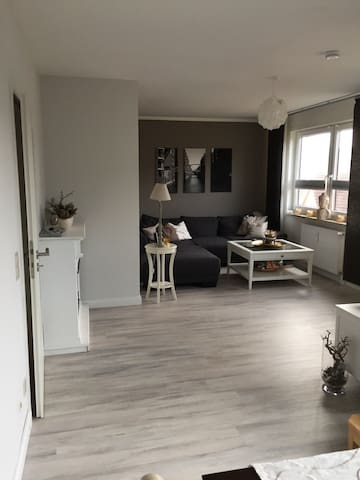 3-Zimmer Maisonette Wohnung 90 qm - Neu Wulmstorf - Apartamento