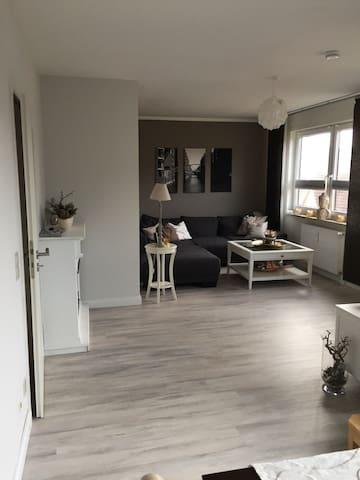 3-Zimmer Maisonette Wohnung 90 qm - Neu Wulmstorf - Lägenhet