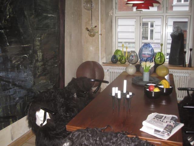 Dejlig lejlighed tæt på Banegården