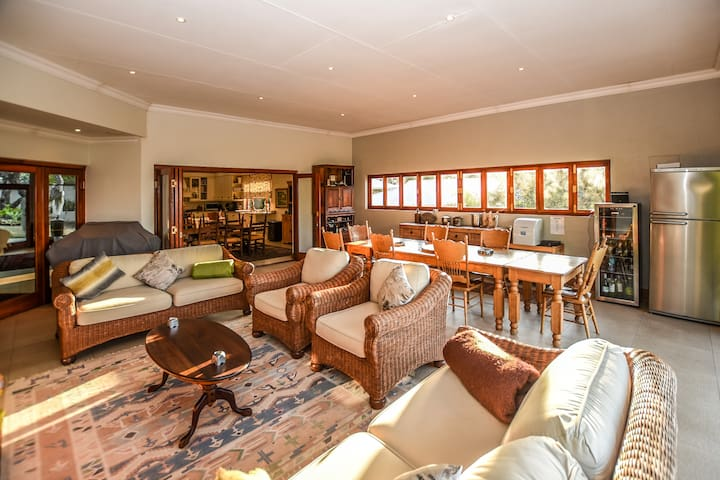Beautiful Nelspruit Home with a View