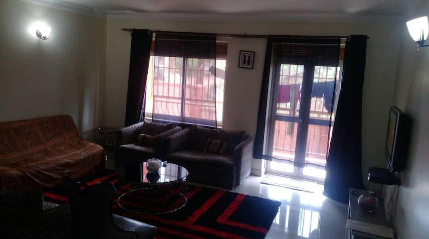 Master wood apartment - Naalya