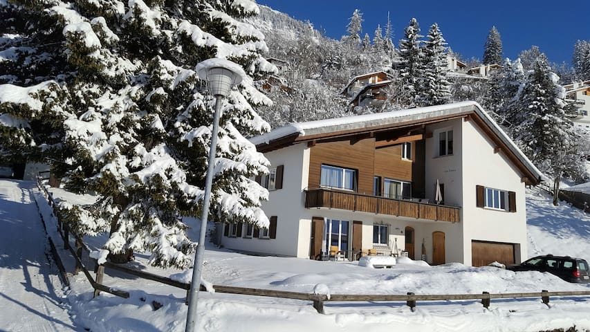 2 bedroom apartment for up to 5 - Flims - Huoneisto