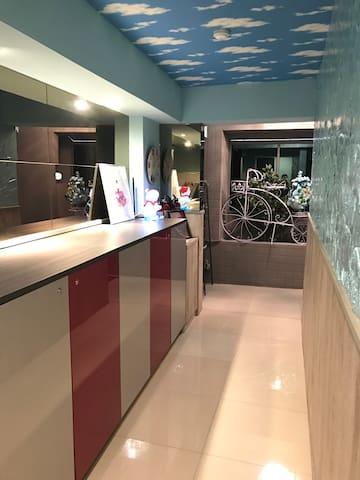 台中逢甲JB Light travel 全新完工,步行5分鐘可到達逢甲夜市 - Xitun District - Appartement