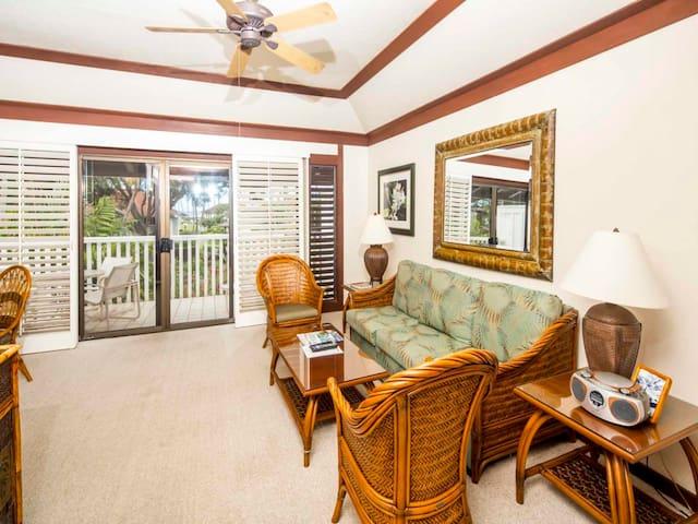 Roomy Lanai+Choice View! Kitchen Ease, WiFi, Ceiling Fans–Kiahuna Plantation #2067