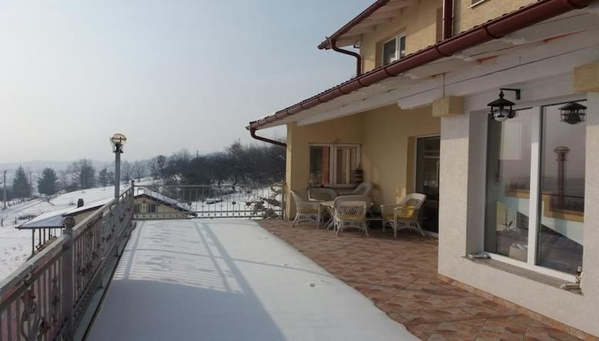 Villa for you and your family near City - Kanton Sarajevo