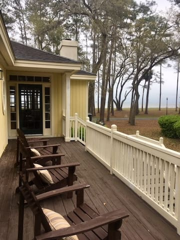 Daufuskie Island Ocean Front Cottage - 3Bed/3Bath