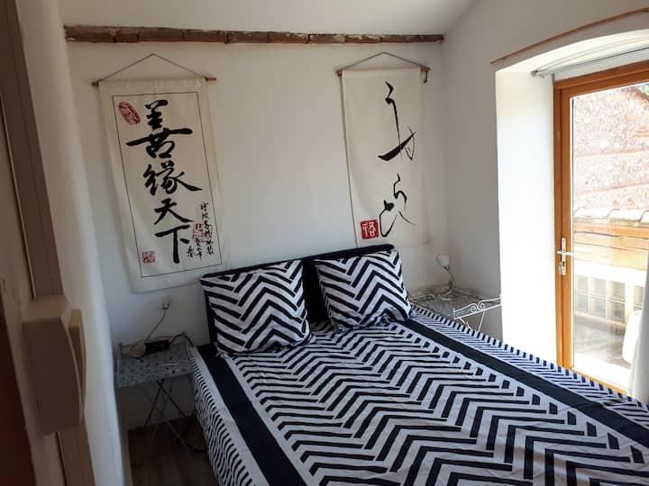 Baho: chambre à louer avec terrasse privée