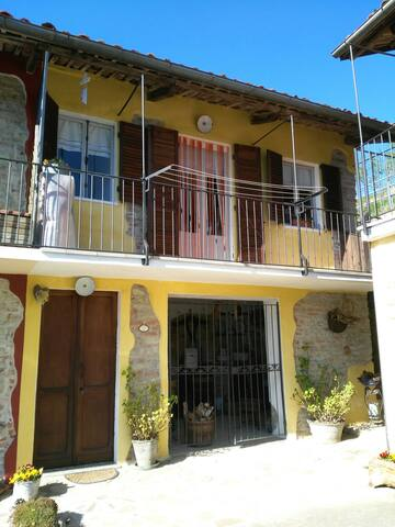 Casa in campagna nelle Langhe