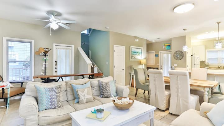 New listing on 30A, cozy Florida cottage
