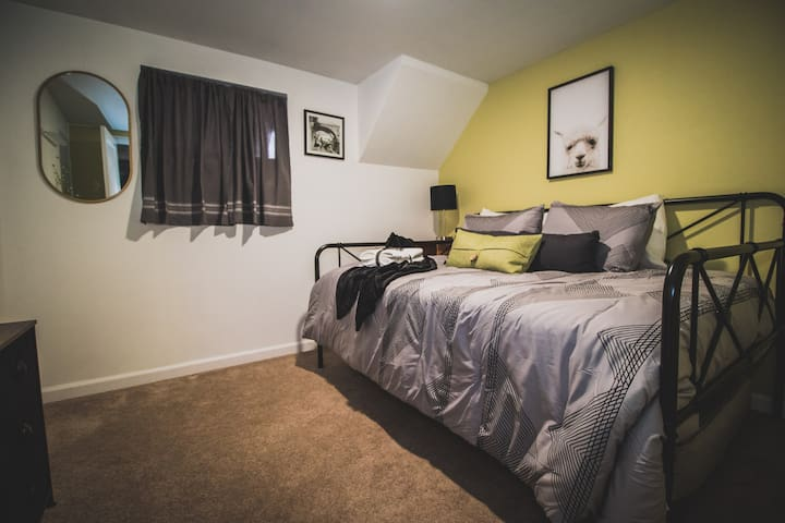 Bedroom 4 has full bed with a twin mattress stashed underneath. It's a great room for your kids.