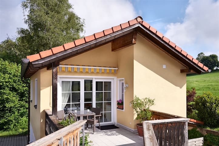 5 Star Apartment: Mountain View - Bad Endorf - Appartement