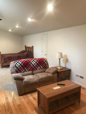 Dayton, Virginia City, Carson - Private studio apt