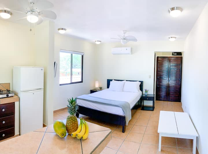 Tamarindo Studio #1 | Close to beach & town center
