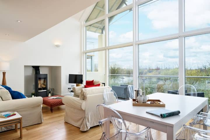 The Swallows, Luxury Spa, TV Room, Nature Reserve, Lower Mill Estate